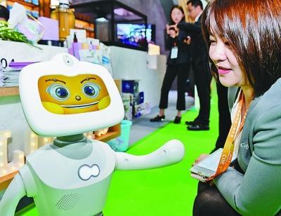 到进博会智能及高端装备展区 感知科技与未来