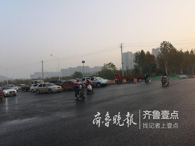 济南凤鸣路铺完沥青啦,东城南北大通道来了!