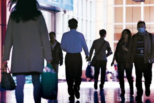 3成台湾上班族每天工作超10小时 45%身心不健康