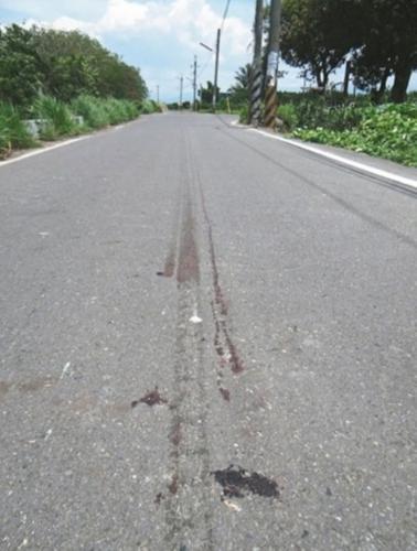 台警察醉卧路上遭车拖行致死 醉驾司机获刑5年半