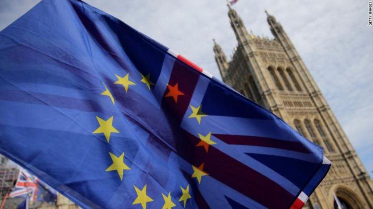 英首相与欧盟达退欧协议草案:涉关税同盟及北爱尔兰监管问题