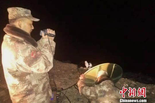 """指挥所的""""眼睛"""":记金沙江白格堰塞湖西藏军区的观测小分队"""