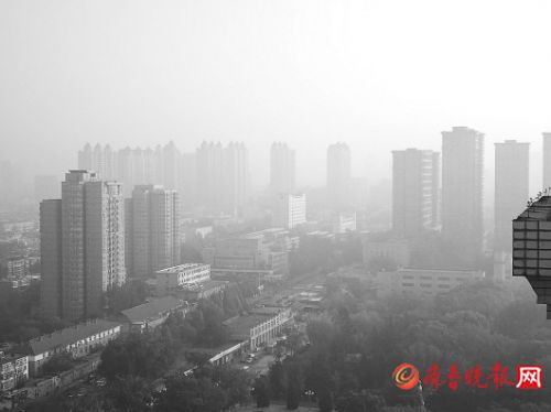 """重污染来袭很""""迷茫"""" 山东10城联动发布预警"""