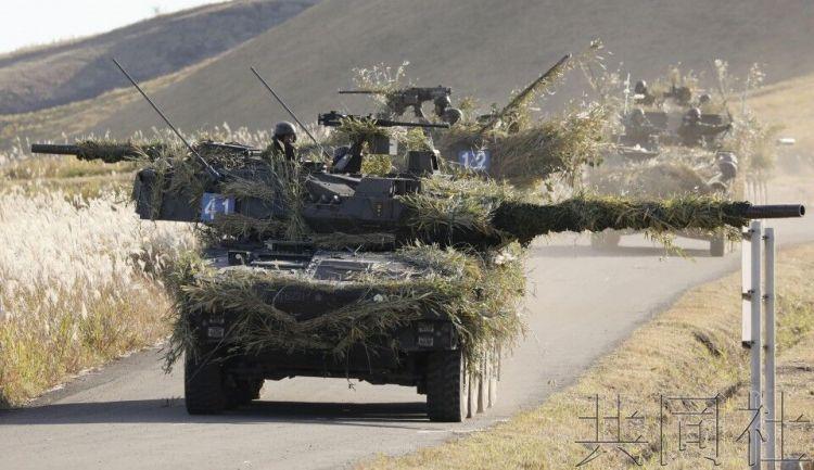 陆上自卫队在九州开展离岛防卫训练 设想岛屿遭进攻