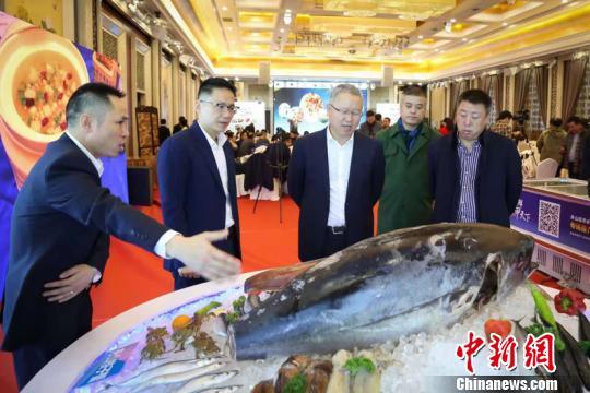 """中国最大海鲜捕捞生产基地拓展北疆""""中国西餐之都""""市场"""