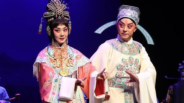 李胜素于魁智新创剧目《帝女花》