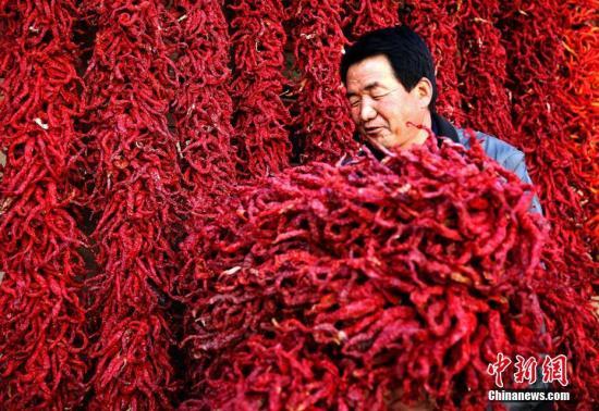 中国40年减贫成绩单:7亿多人脱贫 创造世界奇迹