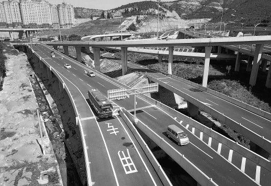 济南成全国首个BRT成网城市 迎来BRT二环时代