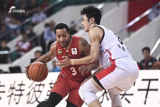 4连胜终结!西王男篮客场80-94不敌广州,古德洛克再次低迷仅得9分