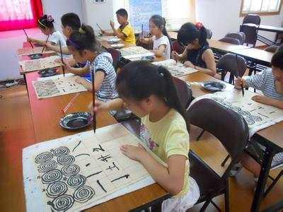 孩子出了校就进培训班,补课像超级病毒肆虐各地中小学