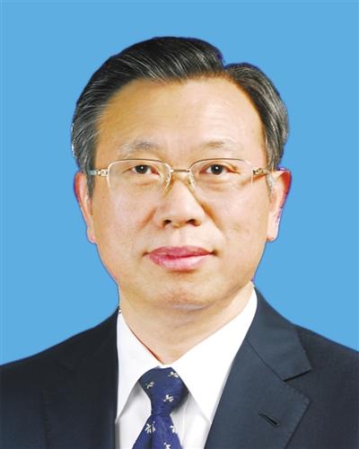 中共山东省委书记刘家义接受《中国环境报》专访谈新旧动能转换以坚决到位的环保督察整改倒逼高质量发展