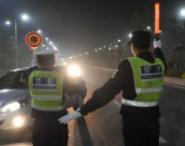 淄博高新区交警一天查处交通违法行为48起