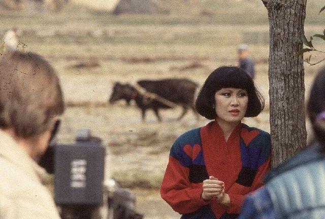 """她是上世纪末的""""国民女神"""",用一支支口红改变中国女性形象"""
