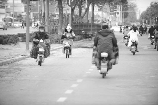济南治理疯狂电动车:实名曝光违法,还将划禁行区
