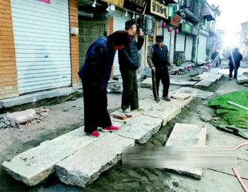 老石匠、老石板,正在施工的芙蓉街将重塑老济南格调