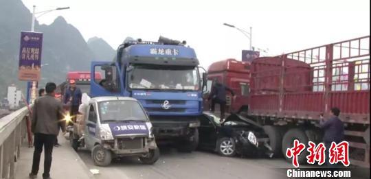 广西桂林平乐连环撞车案一审宣判 肇事司机获刑17年