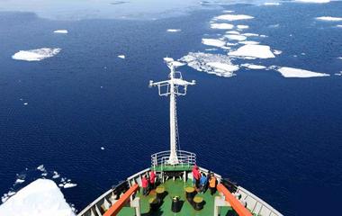 """""""雪龙号""""探南极:美丽的普里兹湾"""