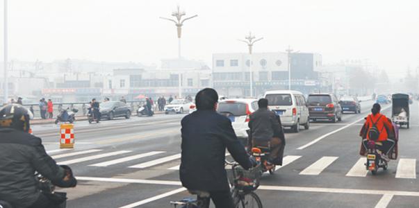 淄川西关大桥主桥面正式通车 两侧沿河路工程封闭施工