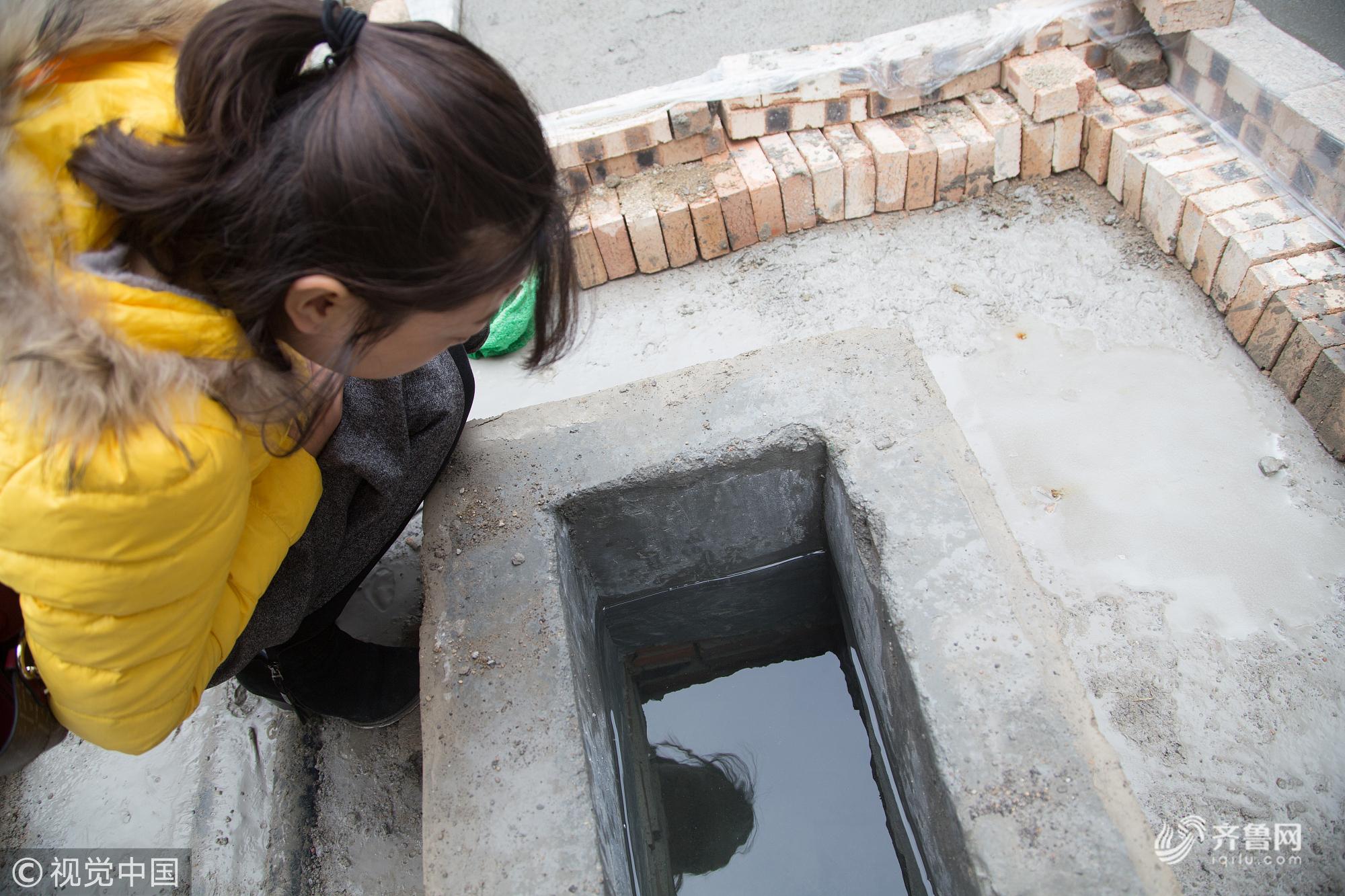 济南:芙蓉街整修发现新泉眼 水质与趵突泉相同