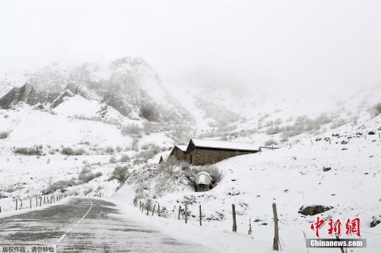 """瑞士""""雪崩风险管理""""申遗成功 预防雪崩有经验可循"""