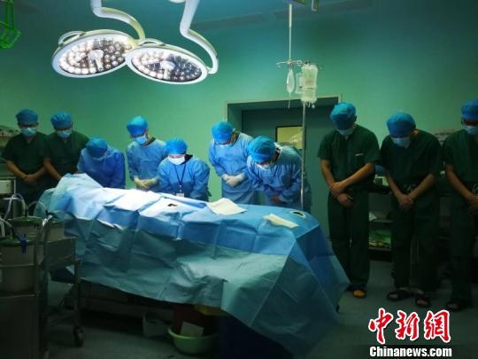 6个月大婴儿捐出器官 帮助他人重获新生