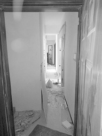 中介未经业主同意擅自改造,120平米住宅隔出14个单间