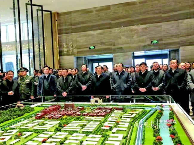 王忠林:看到济南发展的优势和基础,也要看到肩上责任