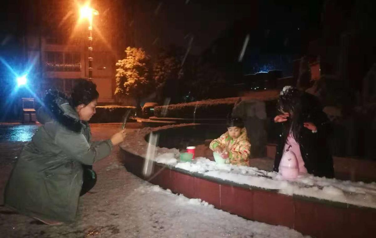 山东发布今冬首个暴雪预警!枣庄临沂等地局部暴雪(组图)