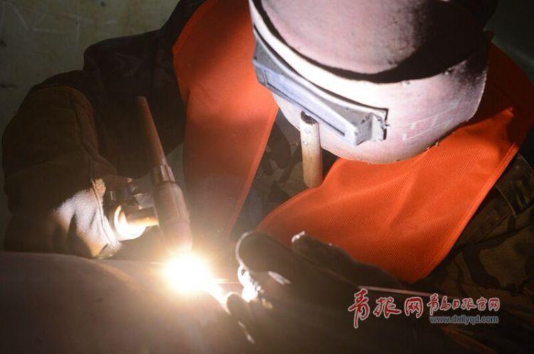 寒冬,青岛胶东机场地下管廊热火朝天确保年内完工