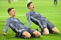 欧冠-拜仁3-3阿贾克斯头名出线 莱万2球穆勒暴力染红