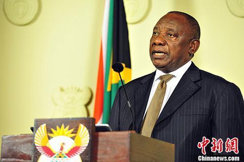 """南非迎""""和解日"""" 总统称""""和解不是简单的互相拥抱"""""""