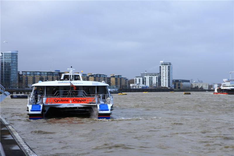 """91、泰晤士河是英国著名的""""母亲""""河,全长346公里,哺育了英格兰的灿烂文明"""