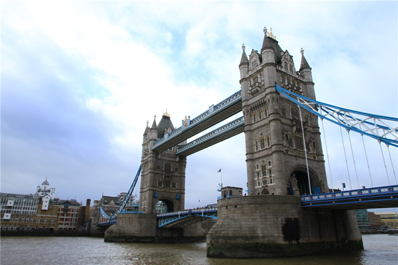 94、伦敦塔桥