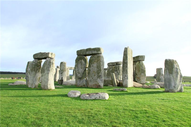 116、巨石阵建于公元前3000年至公元前1500年。千古之谜至今未解