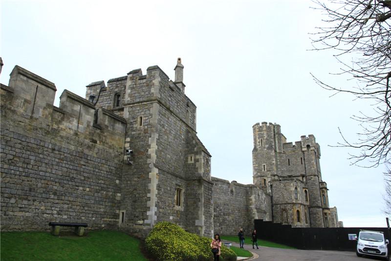 133、古堡是英国王室温莎王朝的家族城堡,至今仍居住使用。