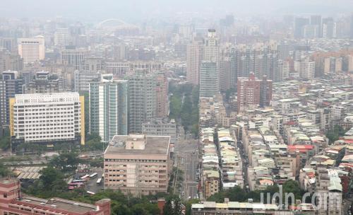 2018年台湾多地空气质量变差 官方称因风弱雨少