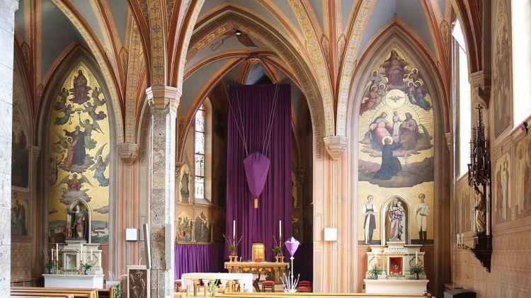 奥地利维也纳一周内再现严重袭击 教堂被劫5名僧侣受伤