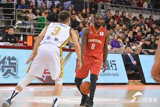 山东男篮赛季第三次过招八一  目标连胜年度收官