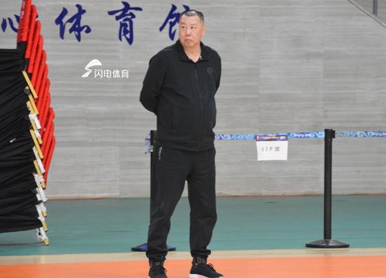 """山东男篮三战""""副班长""""吴庆龙直言目标拿下比赛"""