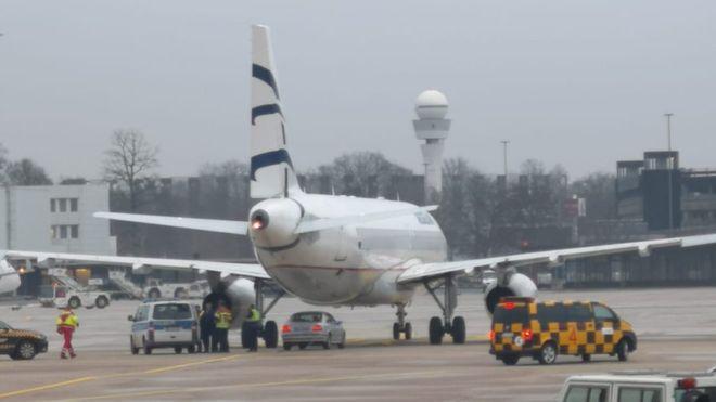 bob注册:波兰男子驾车闯德国汉诺威机场被捕