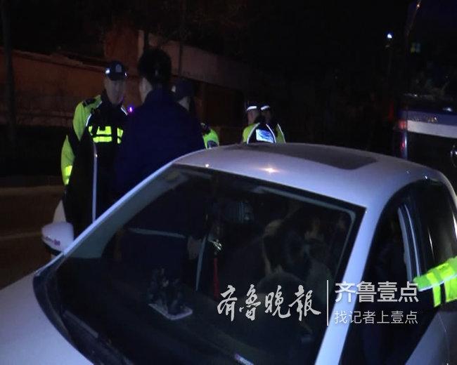 济南一酒司机换坐被查,他还质问交警:拿出证据来
