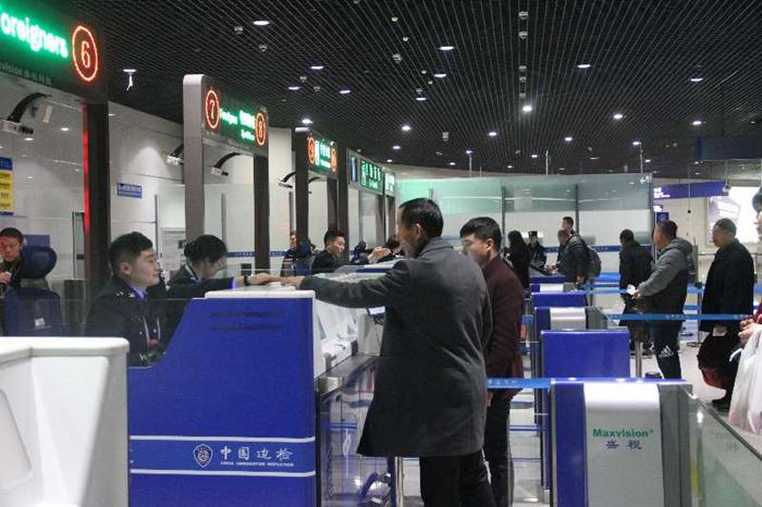 元旦假期烟台机场出入境旅客增幅19.7% 日均旅客高达2155人次