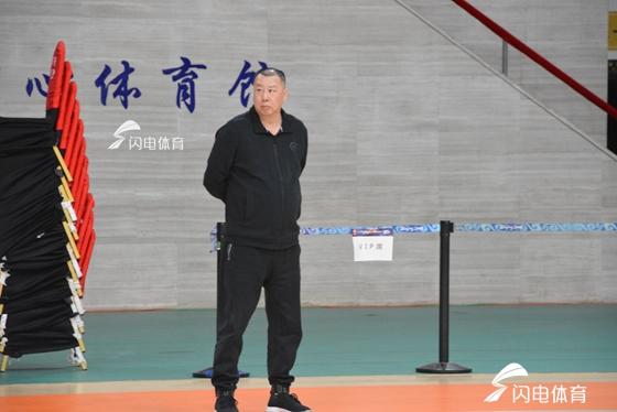 吴庆龙 :球员确实如同梦游 主动承担输球责任