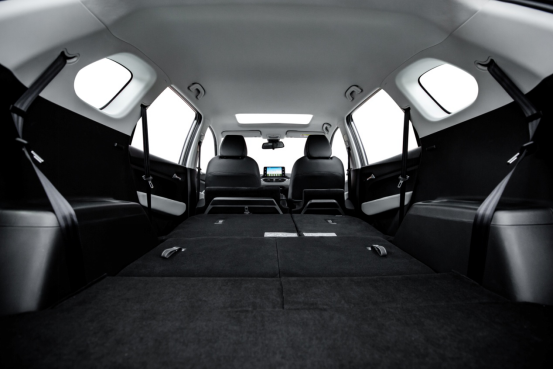 【新闻稿】宝骏530七座版车型上市 优享实用第三排607