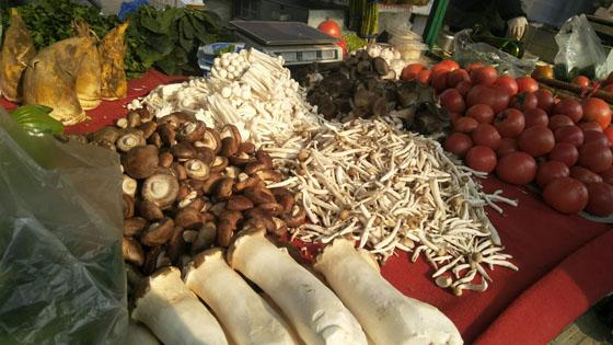 一箱速冻香菇水饺涨了10元