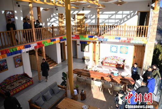 四川丹巴:23岁女孩辞职回乡创业传承嘉绒藏族文化