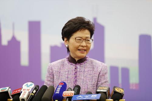 香港特首展望2019年:更积极融入国家发展大局