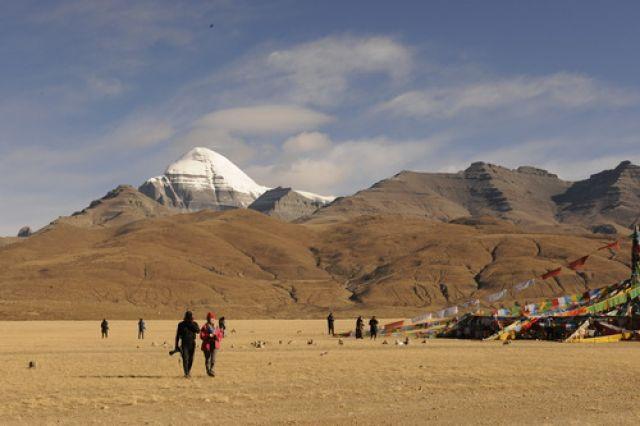 研究发现:2000多万年前西藏冈仁波齐盆地海拔不到3000米