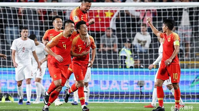 武磊双响于大宝替补建功 中国3-0菲律宾