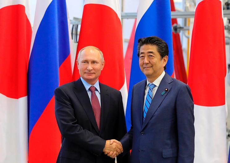 安倍与普京22日在俄会晤 商讨缔结和平条约问题